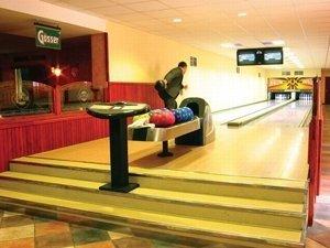 baratsag-hotel-bowling-palya