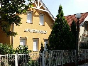 Natália Apartmanház
