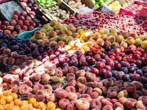 Zöldség-gyümölcs piac