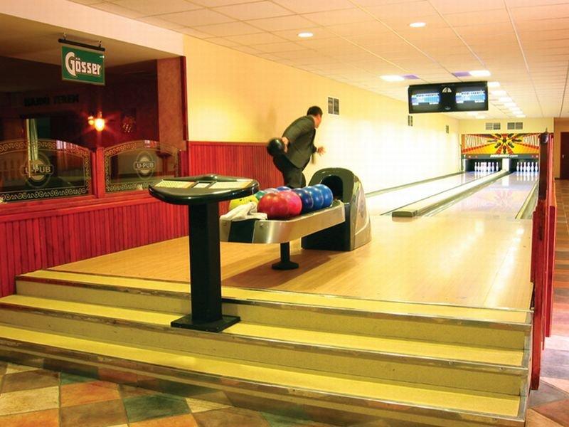 15-Bowling
