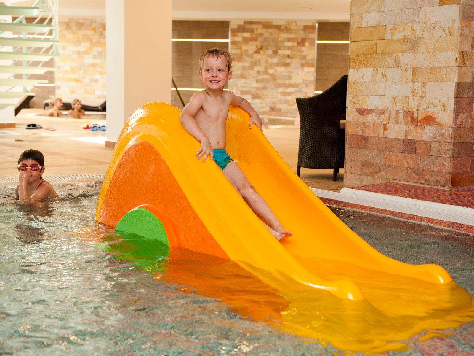 hotel-atlantis-blog-gyermekmedence